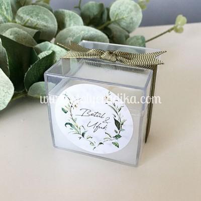 Pleksi Kutuda Çiçekli Yaprak Desenli Mum