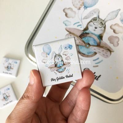 Uçaklı Tavşan Tasarımlı Çikolata Kutusu / 1 KG